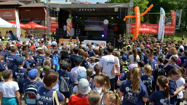 U Jajcu svečano otvorene Sportske igre mladih uz koncert Crvene Jabuke